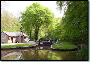 Monmouth and Brecon canal holiday (this is just one of many sites, pinning so as not to forget)