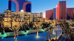 St. Louis, MO (STL-Lambert-St. Louis Intl.) to Las Vegas Vacation Package Deals | Expedia