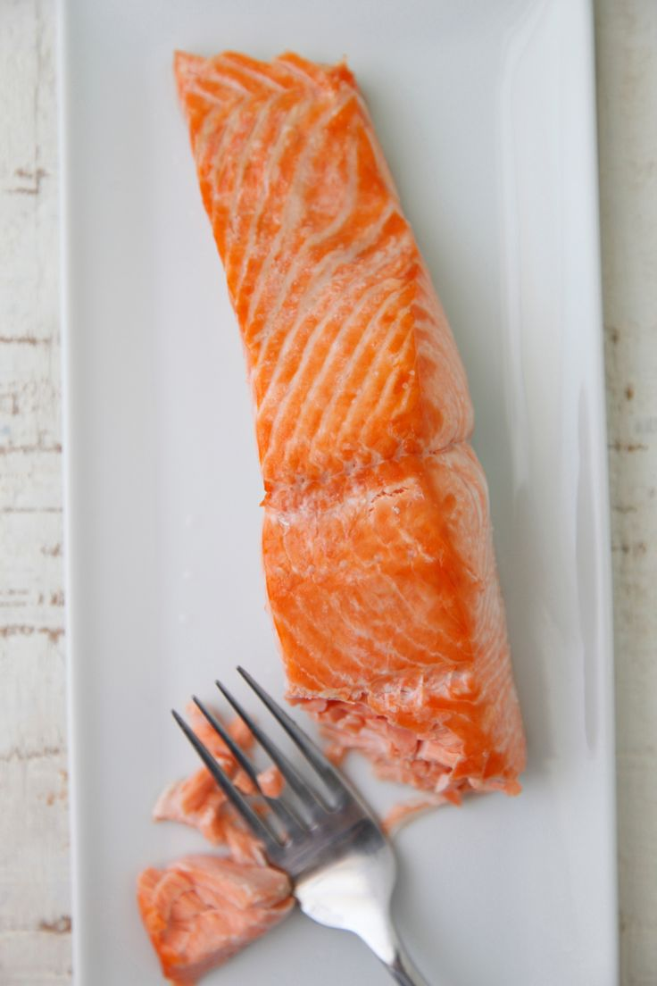 How to Broil Salmon video from Weelicious