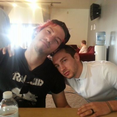I get happy when there's a pic of Tyler or Josh or both I haven't pinned yet bc woahohoho I've pinned a lot