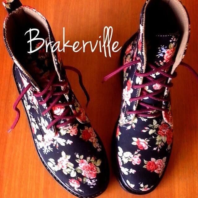 Hafshoes: docmart floral 3hole