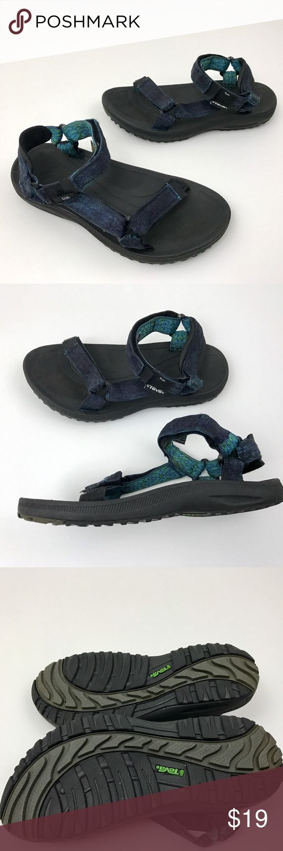 TEVA Sport Velcro Sandals TEVA Women's Sport Sandals Green Blue Velcro Closure   Size 8 W Shoes   Pre Owned Sandals, in Good Condition Has Signs of Being Worn  Original Box is Not Included     Item comes from a pet free/smoke free clean environment please contact me for any additional questions Teva Shoes Sandals