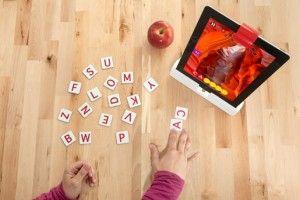 OSMO IL GIOCO PER IPAD COINVOLGE I BAMBINI IN GIOCHI INTERATTIVI PERMETTENDO LORO DI GIOCARE CON OGGETTI REALI http://makerworld.altervista.org/osmo-gioco-per-ipad-coinvolge-i-bambini-in-giochi-interattivi-permettendo-giocare-oggetti-reali/
