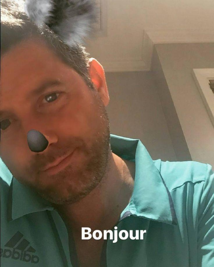 "6 To se mi líbí, 2 komentářů – Il Divo Fan Club Slovakia (@ildivofanclubslovakia) na Instagramu: ""Bonjour our sweet Seb 💋❤ #sebastienizambard '#sebdivo #ildivo #sweet #singer #handsome #bonjour…"""