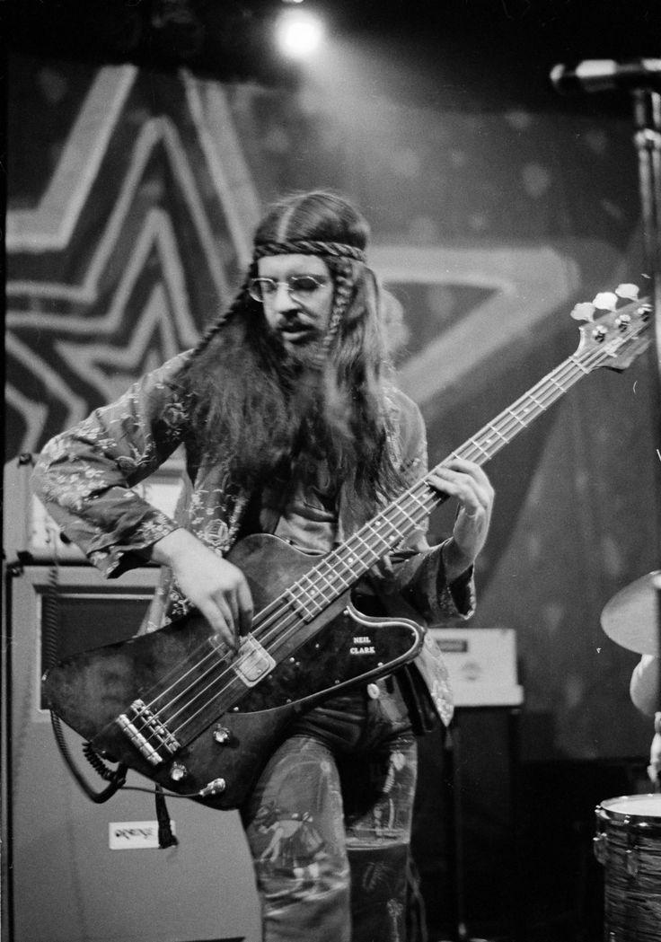 Glenn Cornick, Original Jethro Tull Bassist, Dead at 67 | Rolling Stone