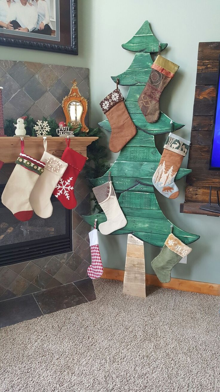 pallet wood Christmas Tree stocking hanger (when your mantle simply isnt big enough)