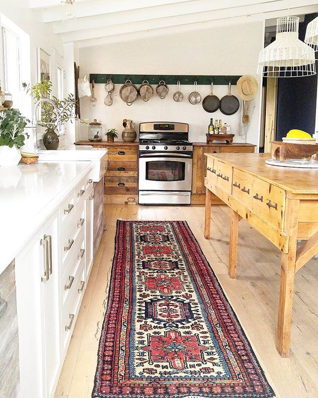 Kitchen Pictures To Hang: 1000+ Ideas About Hanging Pots Kitchen On Pinterest