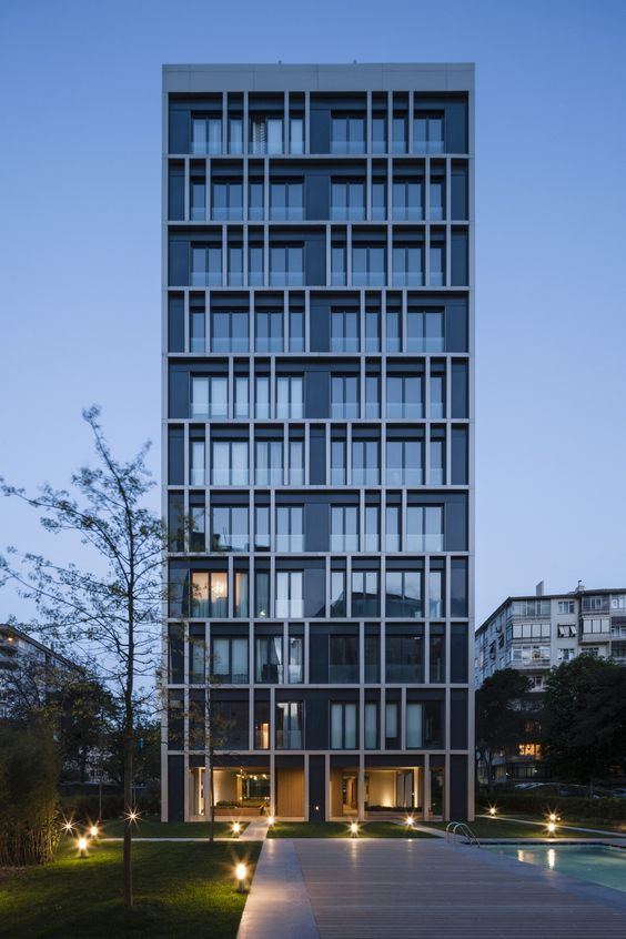 Znalezione obrazy dla zapytania Apartments von IND in Istanbul / Constructocracy - Architektur und Architekten