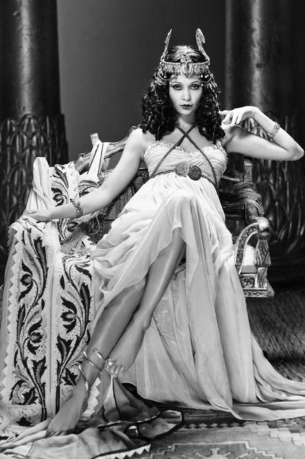 Thandie Newton, Cleopatra