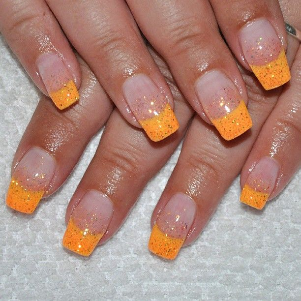 #nails #naglar #gelnails #gelenaglar #orange #glitter #shiny #fashion #nailsnailsnails #mamacita ...