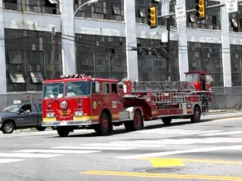 Station 29 Presents: Philadelphia Fire Department 1990 Seagrave Tiller Ladder 212 - YouTube