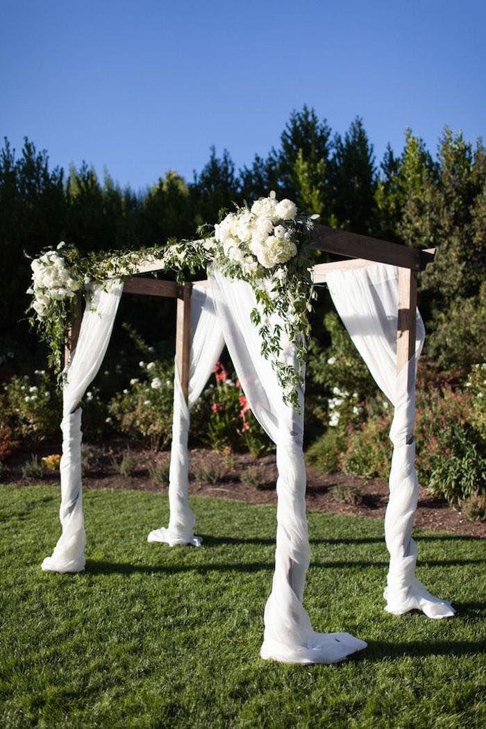 outdoor wedding ceremony; Photo: Megan Clouse Photography
