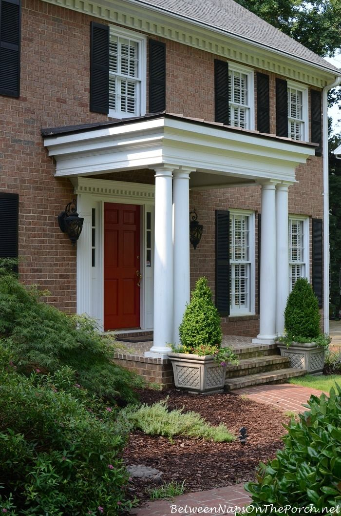 67 best images about front porch ideas on pinterest for Small house front door ideas
