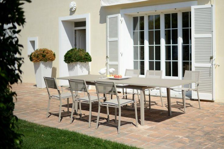 Easy Extension Table by Rausch