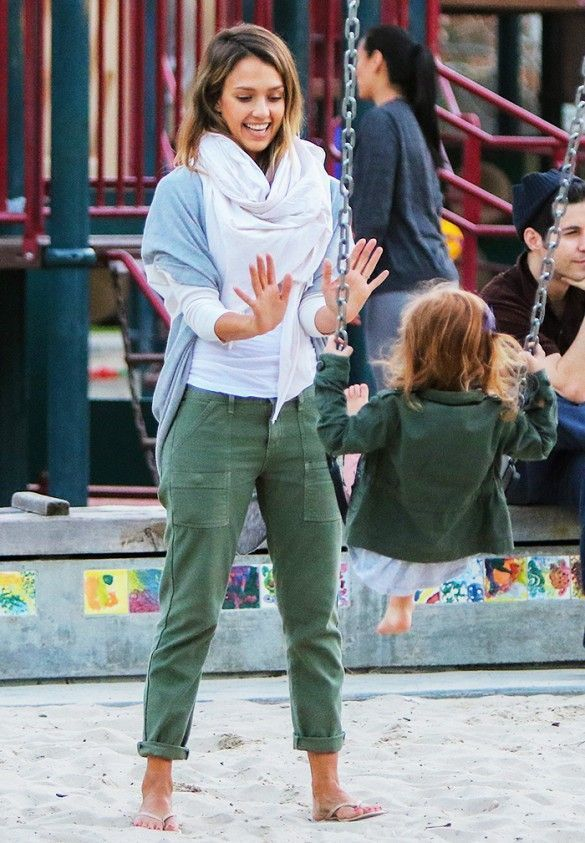 Jessica Alba at the playground wearing a scarf + cardigan + cargo pants // chic mom outfit
