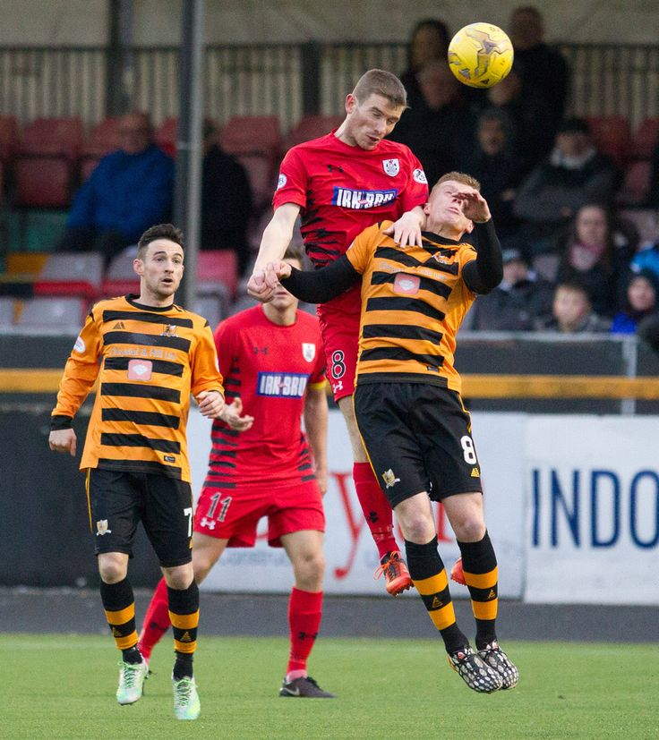 Queen's Park's Gregor Fotheringham in action during the Ladbrokes League One game between Alloa Athletic and Queen's Park.