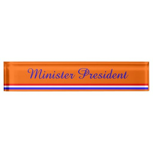 Naamplaat bureau oranje met rood-wit-blauw.