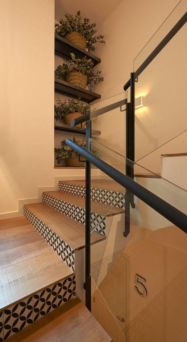 THE SERRAS-barcelona-escaleras