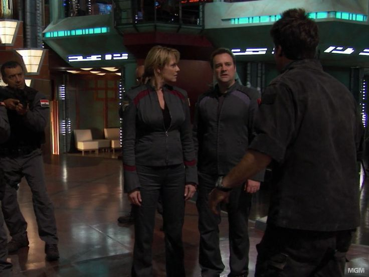 "Stargate Atlantis 5.1 ""Search & Rescue"" Amanda Tapping as Col Samantha Carter"