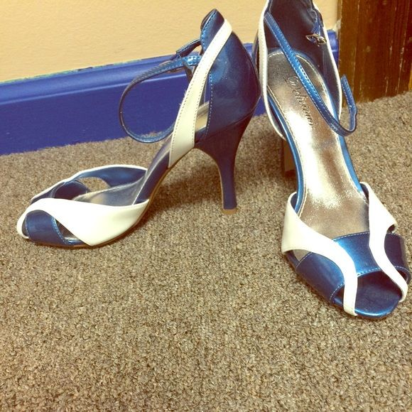 Royal blue and white heel sandals Royal blue and white heel sandals, size 8, NEVER WORN Shoes Heels