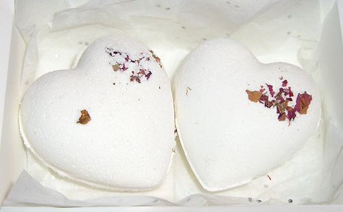 Box of 2 Heart Shaped Bath Bombs. Floral by RainflowerKent on Etsy