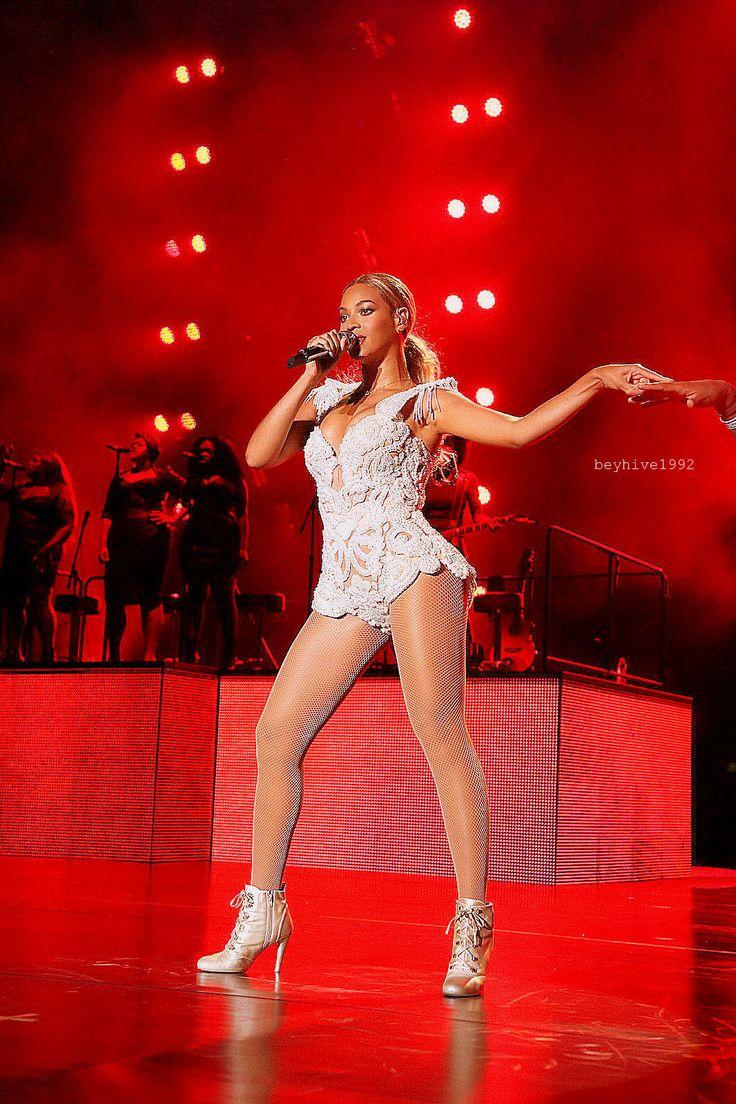 Beyoncé Mrs Carter Show World Tour São Paula Brazil 2013