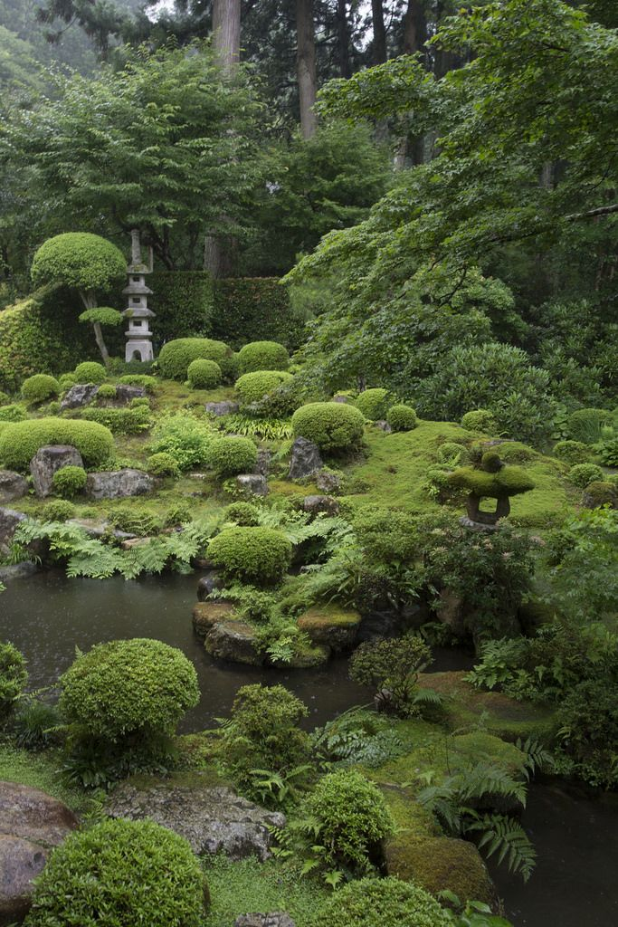 Shuhekien Garden 聚碧園 by Patrick Vierthaler