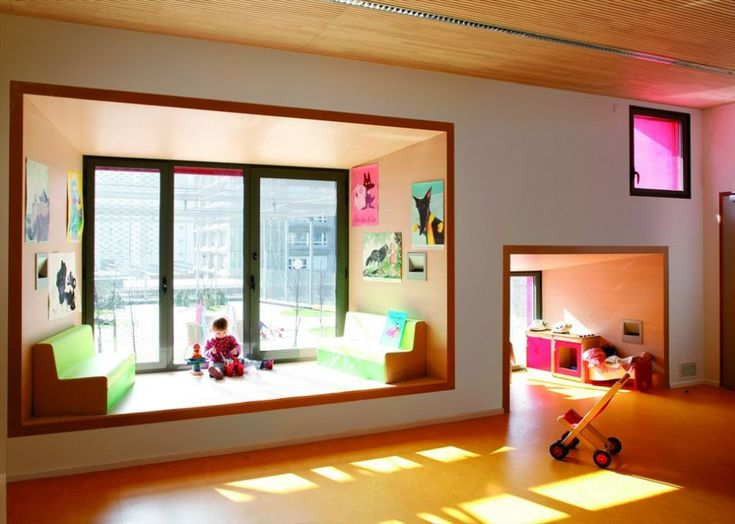 Window seat for a school in Paris -  École Maternelle by Eva Samuel Architects and Associates.