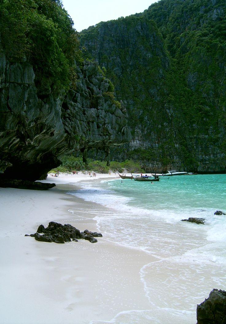 Maya Bay en Phi Phi Island, Tailandia. #tailandia #travel #viajar
