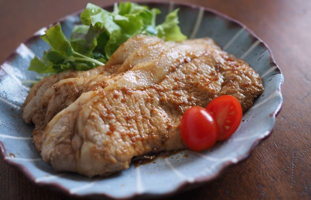 長崎県最大手醤油メーカー〈チョーコー醤油〉。九州の醤油は甘いと言われる要因のひとつとして、鎖国時代に…