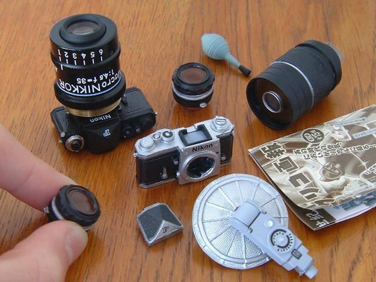 Pfft, This Nikon SLR Is Way Too Small to Use! Glico mini cameras and accessories