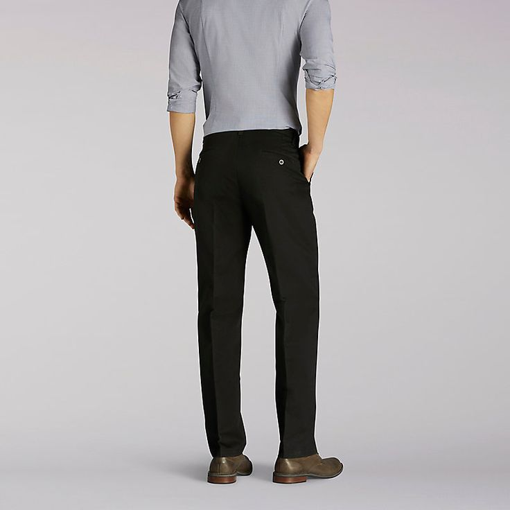 Lee Men's Total Freedom Relaxed Fit Tapered Leg Pants (Size 36 x 29)
