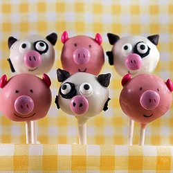 Farmyard cake pops.
