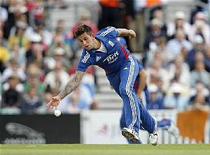 England will be without Jade Dernbach for the rest of the ODI series after he suffered a side strain. Who would you pick as his replacement?