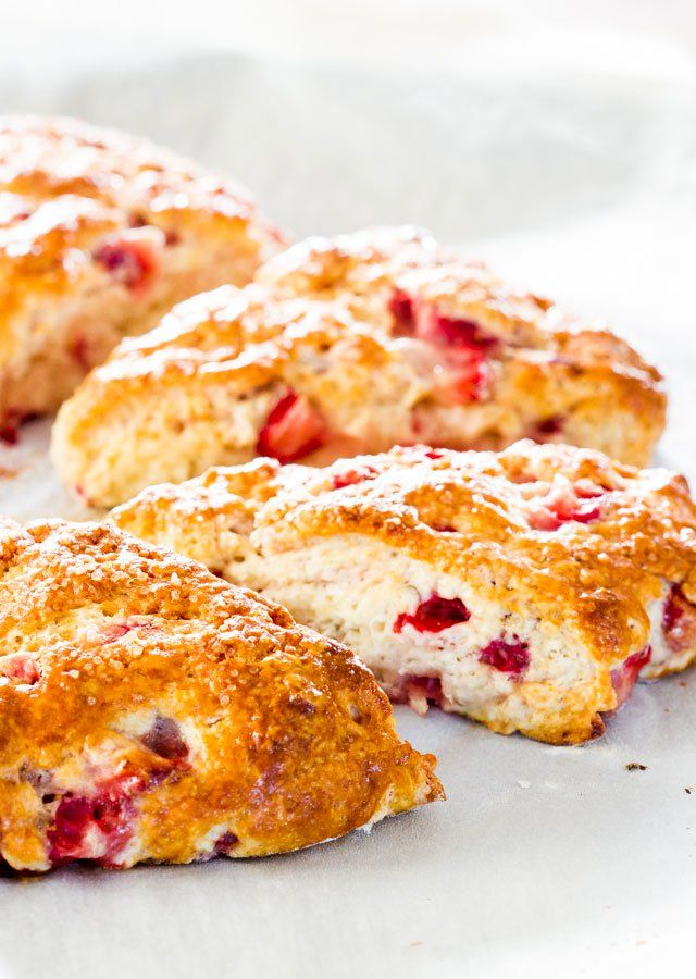 Strawberry Scones - delicious strawberry scones, the perfect scones to make during strawberry season. Great with a cup of good coffee.