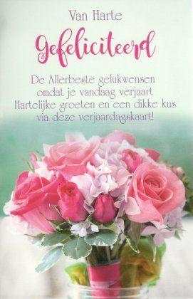 Van harte gefeliciteerd!  De allerbeste gelukwensen omdat je vandaag verjaart Hartelijke groeten en een dikke kus via deze verjaardagskaart
