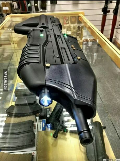 Any Halo Fans here? Saw this in Hong Kong, it's an airsoft gun