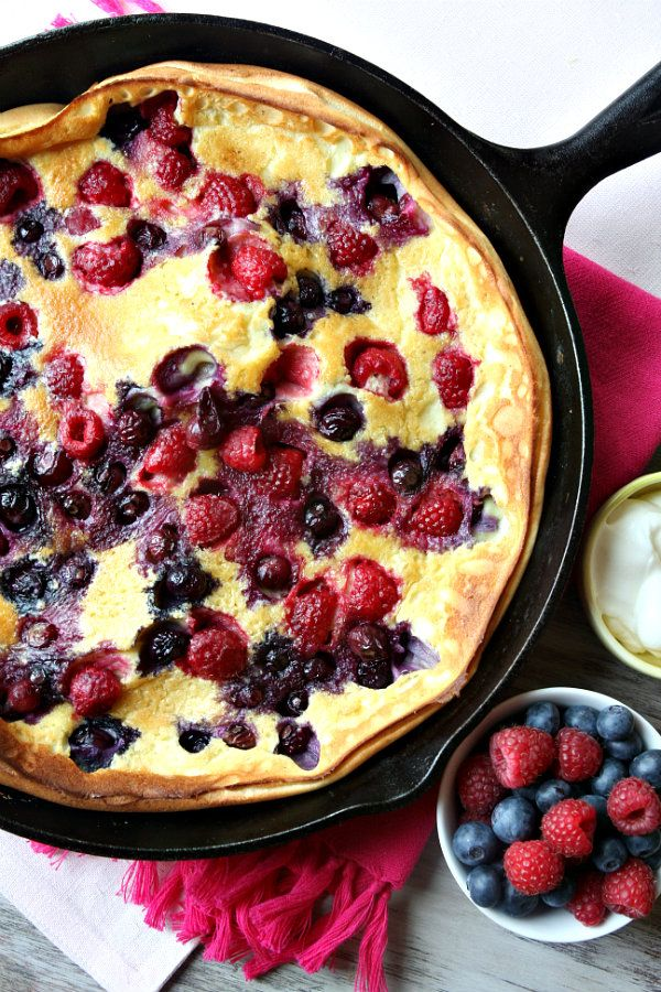 Double Berry Puff Pancake. A fruity Yum's Up! from Lodge Cast Iron!