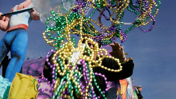 FOX NEWS: New Orleans pulls 93000 pounds of Mardi Gras beads from storm drains