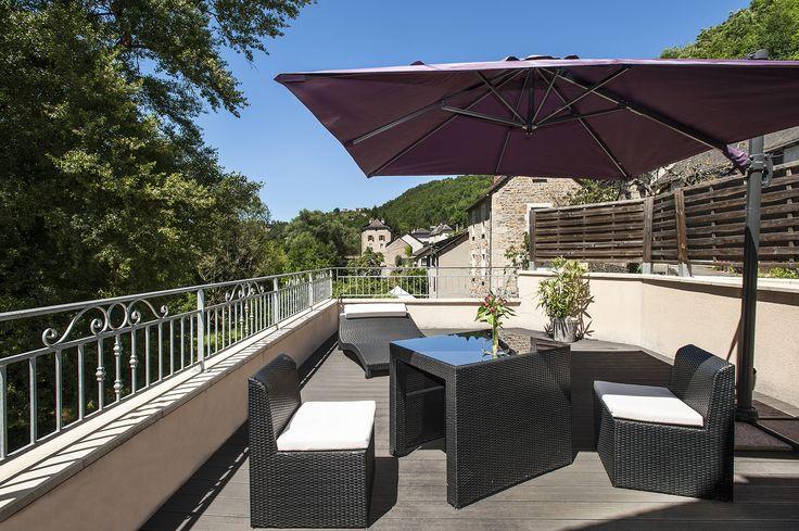 Votre été en Lozère, venez profitez d'un moment au calme à l'hôtel les 2 rives. #hotelcalme #hoteldétente #hotellozère #hotellogisdelozere