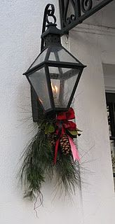 Would be adorable - I LIKE!!!  think i'll do this on my 3 outside lights.  They would great!