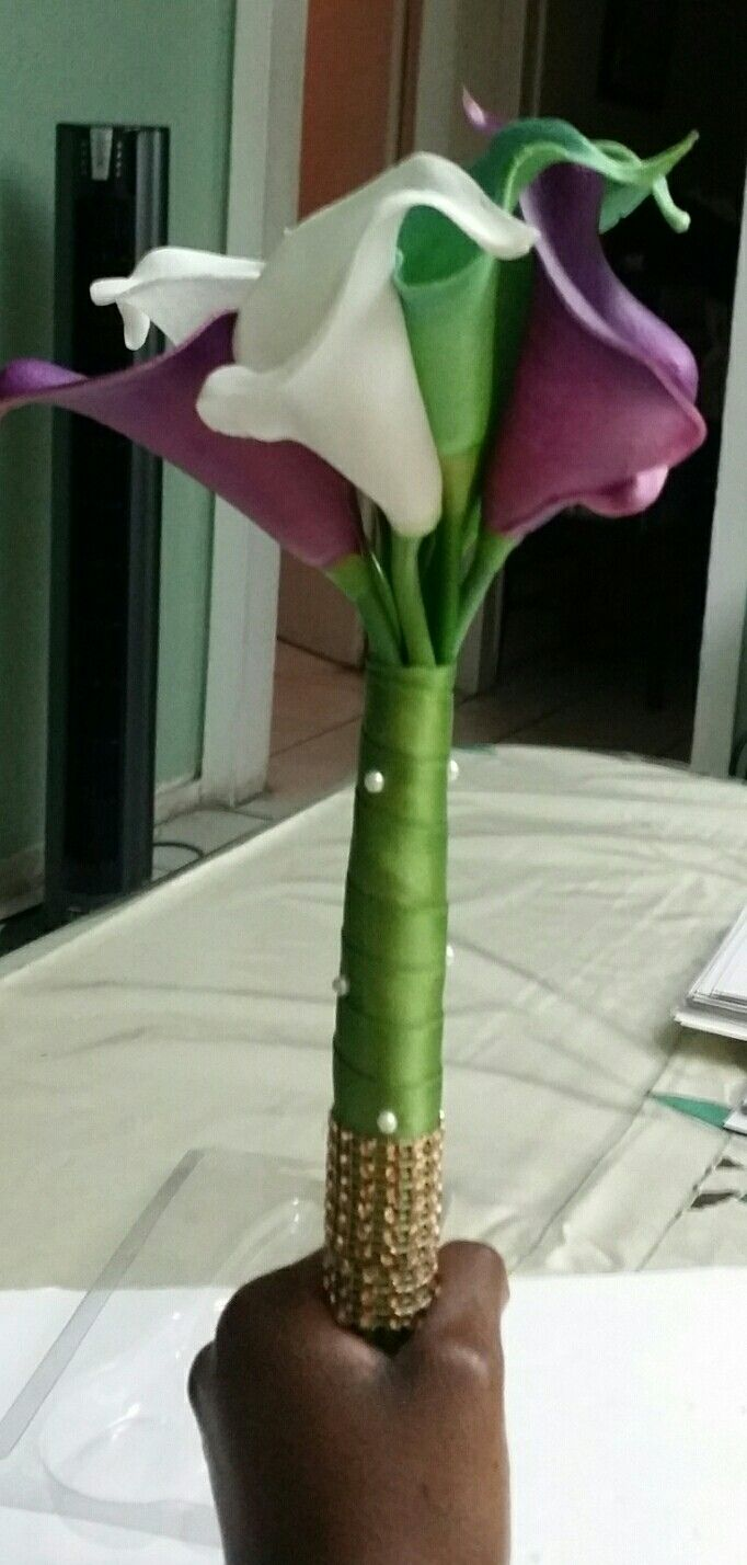 Bridesmaids bouquet. High quality grade lillies were used for this arrangement.