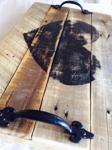 Heart serving tray made from pallets.. LOVE!