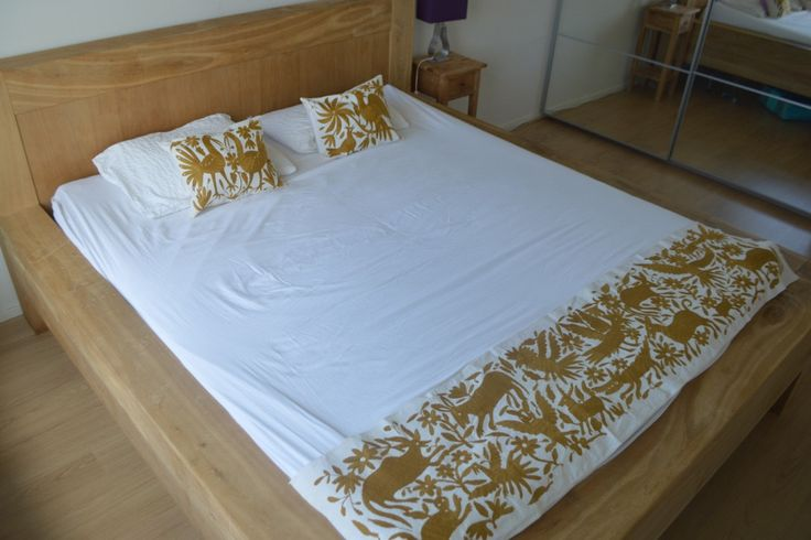 Gold Bedding Set Bed Runner and pillows Mexican от OtomiMexico