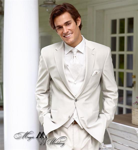 Свадебные светлые костюмы для мужчин