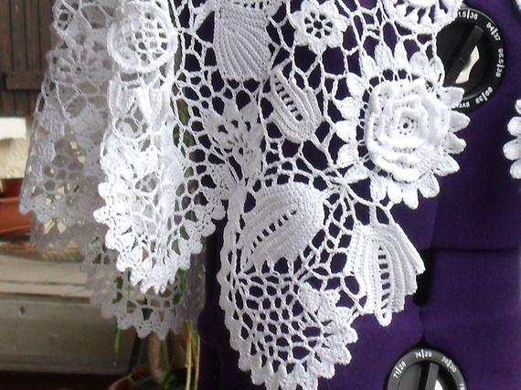Cape de mariage en dentelle irlandaise, idéale sur une robe dos nu.
