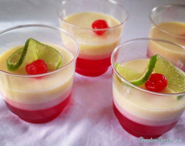 Postre de yogur y gelatina