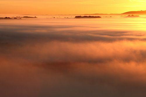 Sunrise, Pewsey Vale