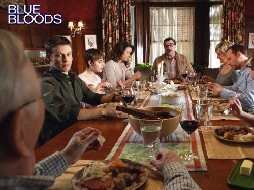 Tom Selleck, Bridget Moynahan, Donnie Wahlberg, Len Cariou, Amy Carlson, Will Estes, Sami Gayle, and Tony Terraciano in Blue Bloods (2010)
