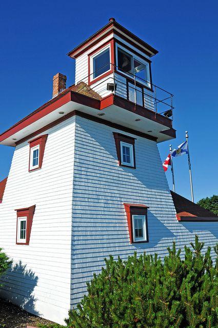 Fort Point Lighthouse - Liverpool, Nova Scotia, Canada